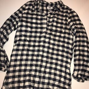 Old Navy Black & White Checkered Flannel Top